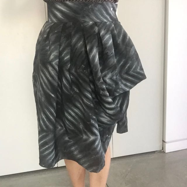 Issey Mikake, Vogue Pattern made from Shibori Silk Fabric made by Andrea Bunting